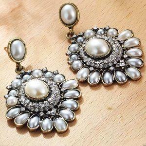 Jewelry - Elegant Crystal Rhinestone Fashion